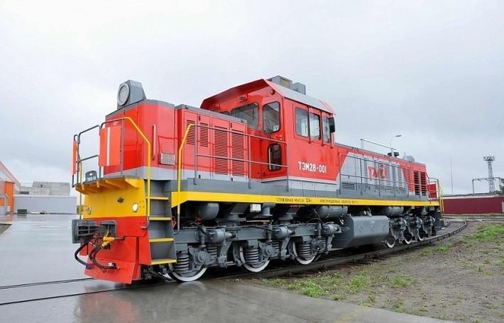 Работа вахтой для машинистов тепловоза на железной дороге