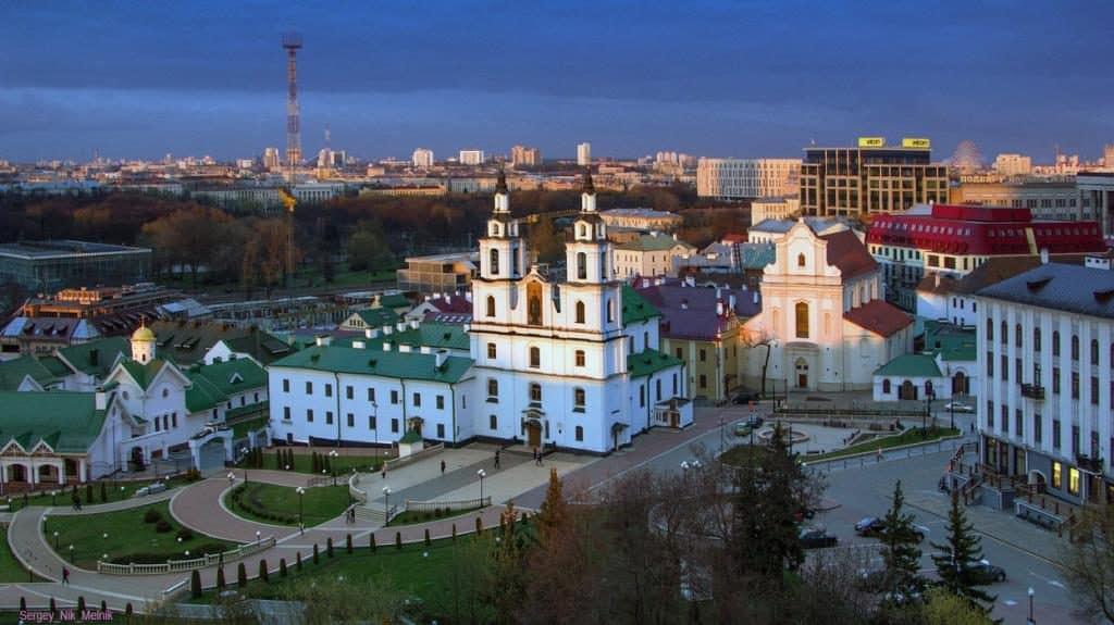 С работой в Минске стало непросто, но в регионах ситуация еще хуже…
