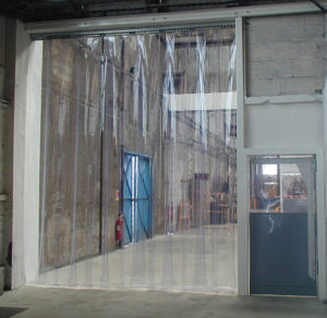 Какими преимуществами обладают ПВХ завесы для холодильного оборудования